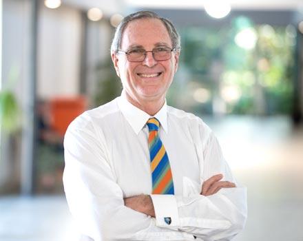 Dr Neil Astill: Fertility & Gynaecology